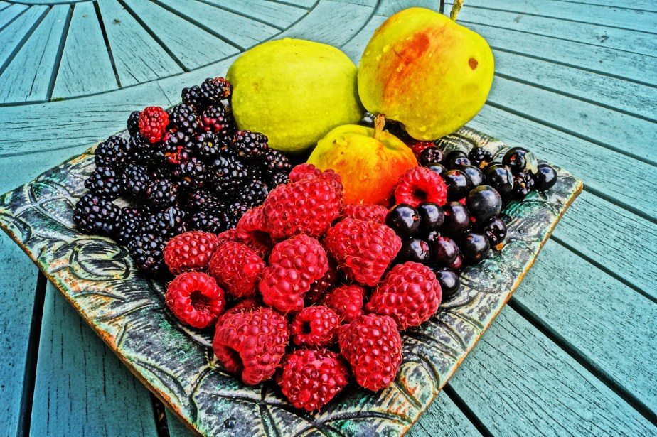 Mixed berries and apples