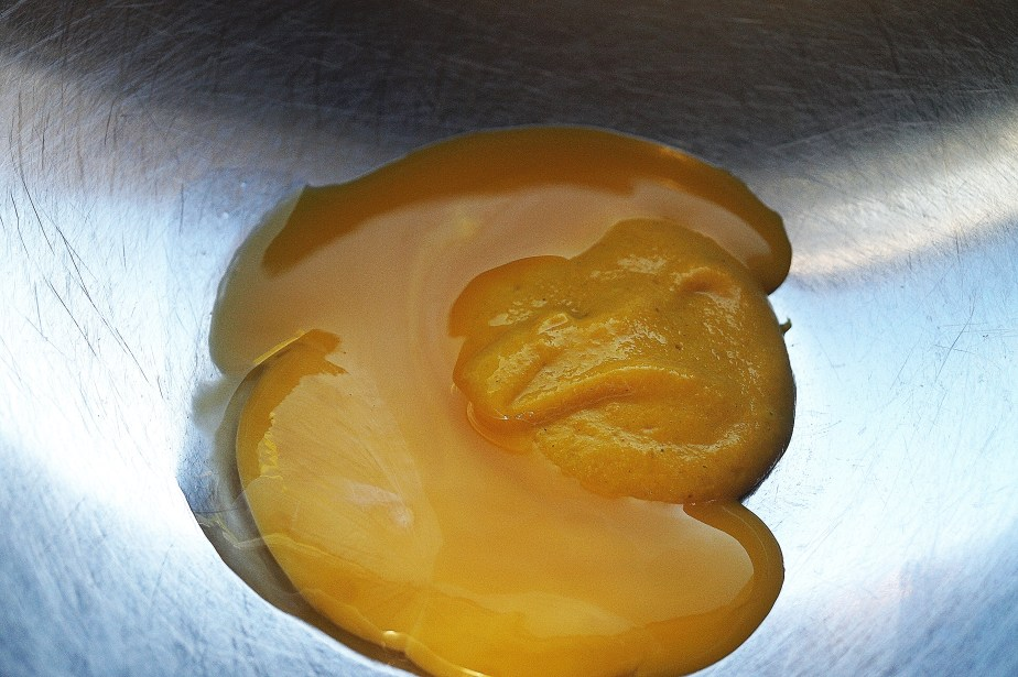 Egg yolk and mustard